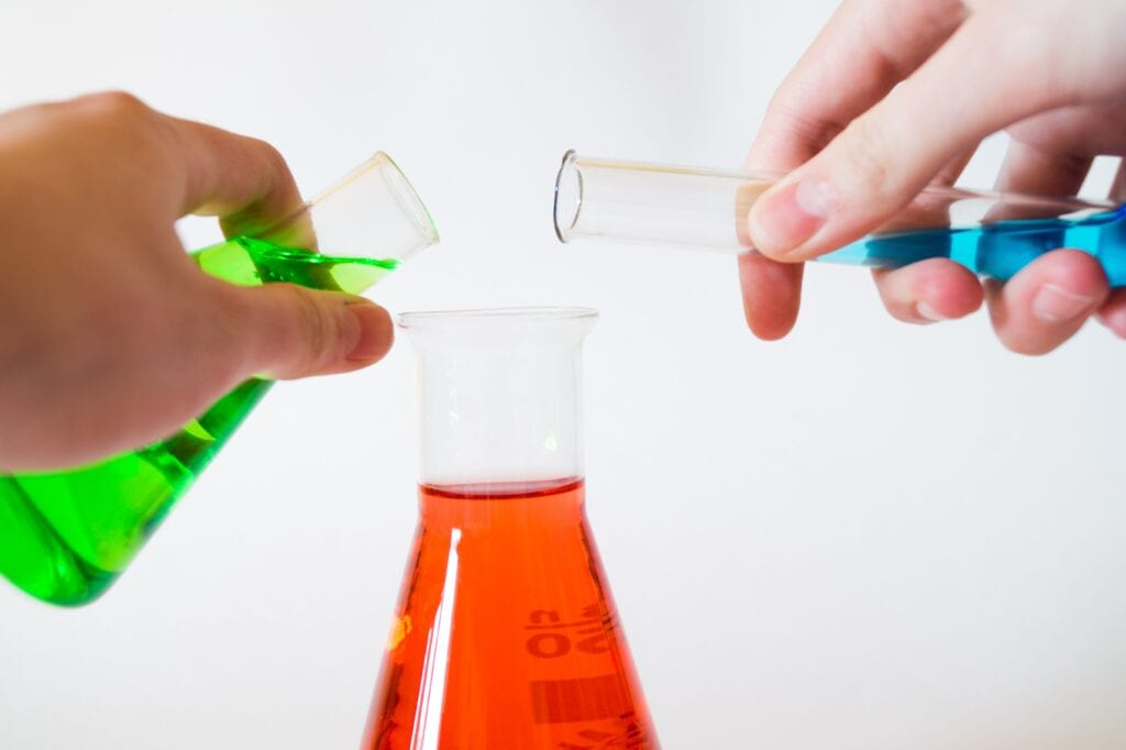 What are some good science experiments for kids?
